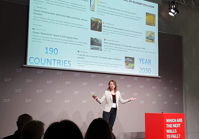 Natlie Kerr presenting research